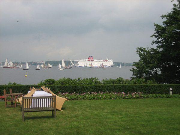 Kiel, Schiffe im Garten, 2002