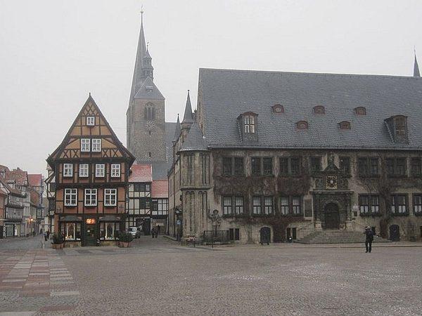 Quedlinburg, Marktplatz, 2011